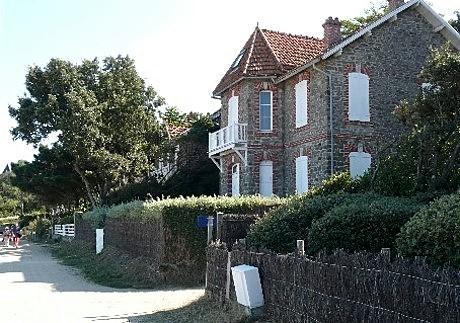 Noirmoutier bois de la chaise location vacances maison vue gnrale de la maison with noirmoutier - Camping bois de la chaise noirmoutier ...